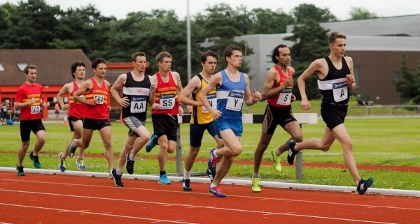 Serpies Competing in 1500m races